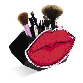 porta-maquiagem-boca-vermelha-2