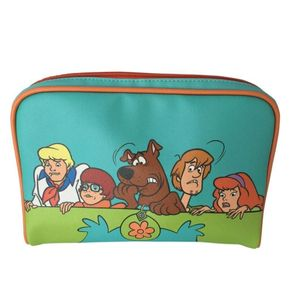 NECESSAIRE-SCOOBY-EVERYBODY-SCARED-AZUL-1